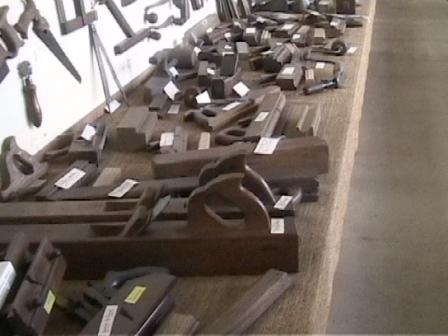 musee des moteurs et de l outillage. Black Bedroom Furniture Sets. Home Design Ideas